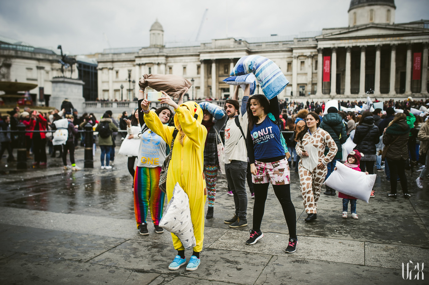 International Pillow Fight Day In London 2015 Street Photography Pagalviu Musis 25