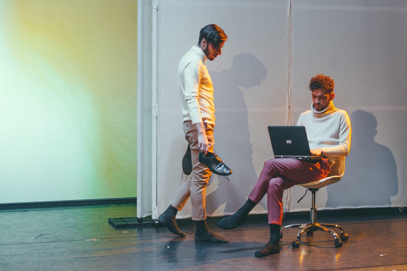 E.sabaliauskaite Dvi Korejos Klaipedos Jaunimo Teatras 004